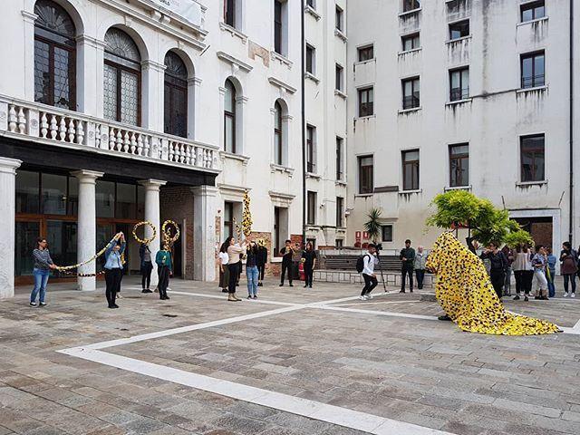 #VinciGalesi #LaRepubblicaDelleMeraviglie #performance #venice https://t.co/rTxWvdMHxH