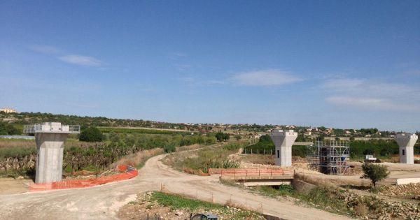 #news Autostrada Siracusa-Gela, è paralisi: niente soldi alle imprese, rischio contenziosi di La Sicilia  https:// www.mezzaparola.org/autostrada-siracusa-gela-e-paralisi-niente-soldi-alle-imprese-rischio-contenziosi/  - Ukustom