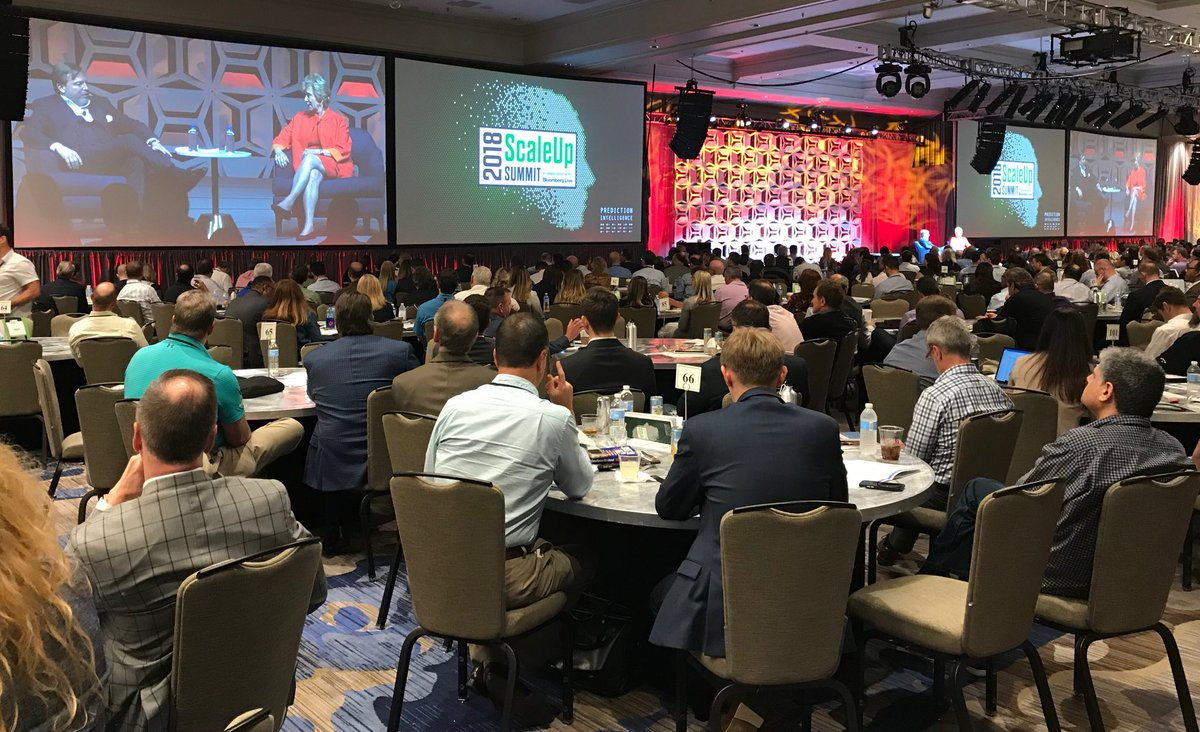 Wrapping the day at the #ScaleUp18 Summit. Fireside chat with Verne Harnish @agilescaleup, chatting with over 800 #entrepreneurs and business owners. #SupportSmallBusiness <br>http://pic.twitter.com/0YCEBBFpvs