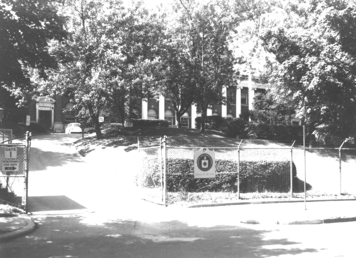 As there was no sign, the driver had great difficulty finding the entrance, upsetting the President. The next day, Eisenhower called Dulles & ordered a sign be placed at the entrance. He believed the address was well known as CIA Headquarters: the absence of a sign fooled no one.