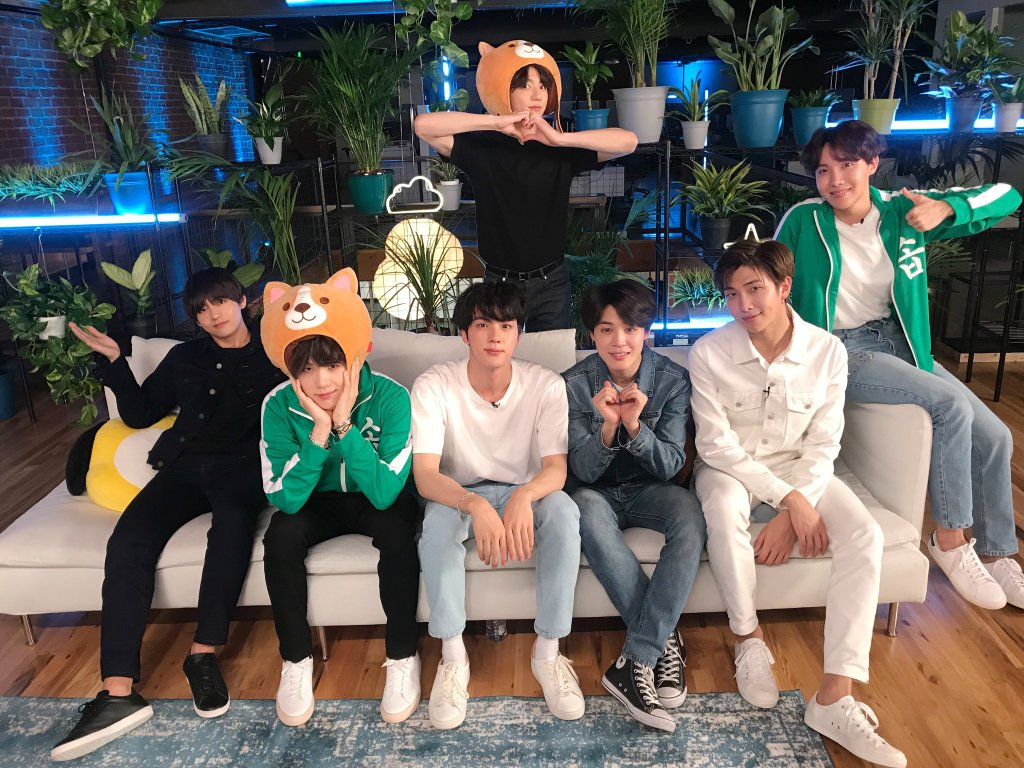 I got a news from my ARMY family in Northeast USA that @TheNewHot967 has added @BTS_twt &#39;Fake Love&#39; on your regular rotation! Thank you so much Thanks for giving them a chance to reach bigger audience through your radio<br>http://pic.twitter.com/p8SVRq7tCF