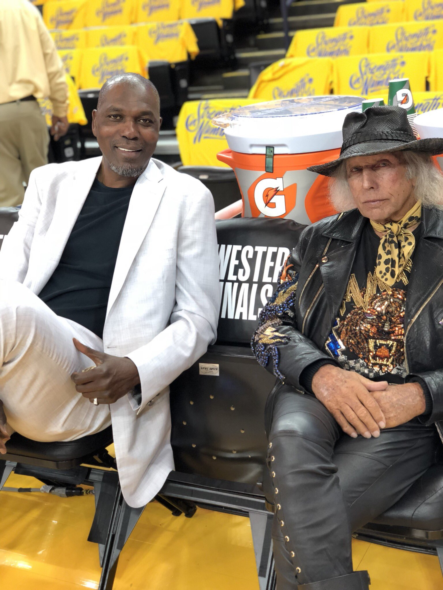 Game 4.  @DR34M x @jamesfgoldstein. #NBACelebRow https://t.co/9Yb7lzCSgv