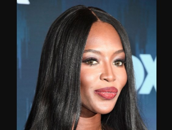 Happy 48th Birthday to the beautiful Naomi Campbell !!
