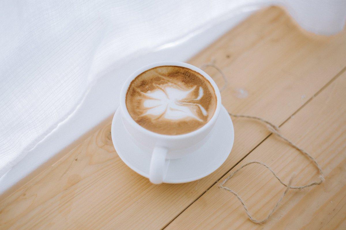 Morning  White House in the garden Cafe &amp; Bistro.,Thaton  . . #reviewchiangmai #รีวิวเชียงใหม่ #ReviewTourThai<br>http://pic.twitter.com/jZoRjZYjkx
