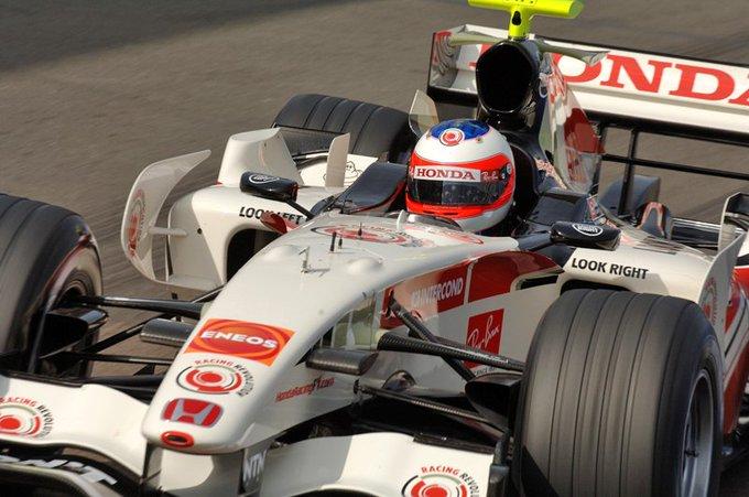 Happy Birthday Rubens Barrichello: Racing RA106 at Silverstone, 2006  (Photo: