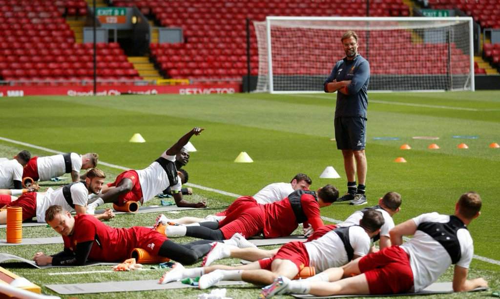 Goals will flow as Klopp's pretenders eye up Real's crown https://t.co/XBwViunYYC https://t.co/OW8pU6e4xx
