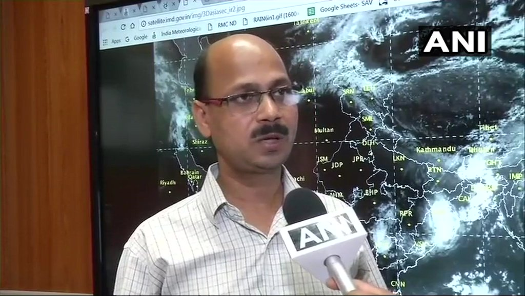 Heat wave condition to prevail in Punjab, Haryana, Delhi NCR, UP & Rajasthan for next 4-5 days, temperature will be above 45 degrees. Parts of Delhi NCR, Rajasthan & UP will experience dust storm on May 24: Kuldeep Shrivastava, India Meteorological Department #Delhi