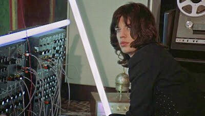 """Robert Moog born #OnThisDay 1934 """"The #Moog synthesizer – a non-instrument! There was absolutely no musical concept behind the synthesizer stuff; it was pure experiment, mostly a matter of seeing if we could get the bloody thing to work."""" #MickJagger  #Performancebook<br>http://pic.twitter.com/aR4Vc83oyx"""