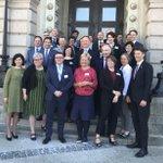 Image for the Tweet beginning: Borgmästare från hela världen tillsammans