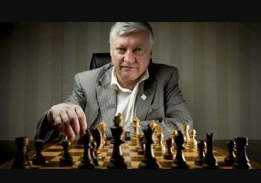 The legendary chess player Anatoly Karpov was born on May 23. The World Chess Champion has defended his title from 1975 till 1985, until he was defeated by Garry Kasparov.  https://www. facebook.com/batumi2018/pho tos/a.1470007043239135.1073741829.1469696426603530/2018119345094566/?type=3&amp;theater &nbsp; …   #BatumiChess2018 #AnatolyKarpov<br>http://pic.twitter.com/XHTAeyIEB1