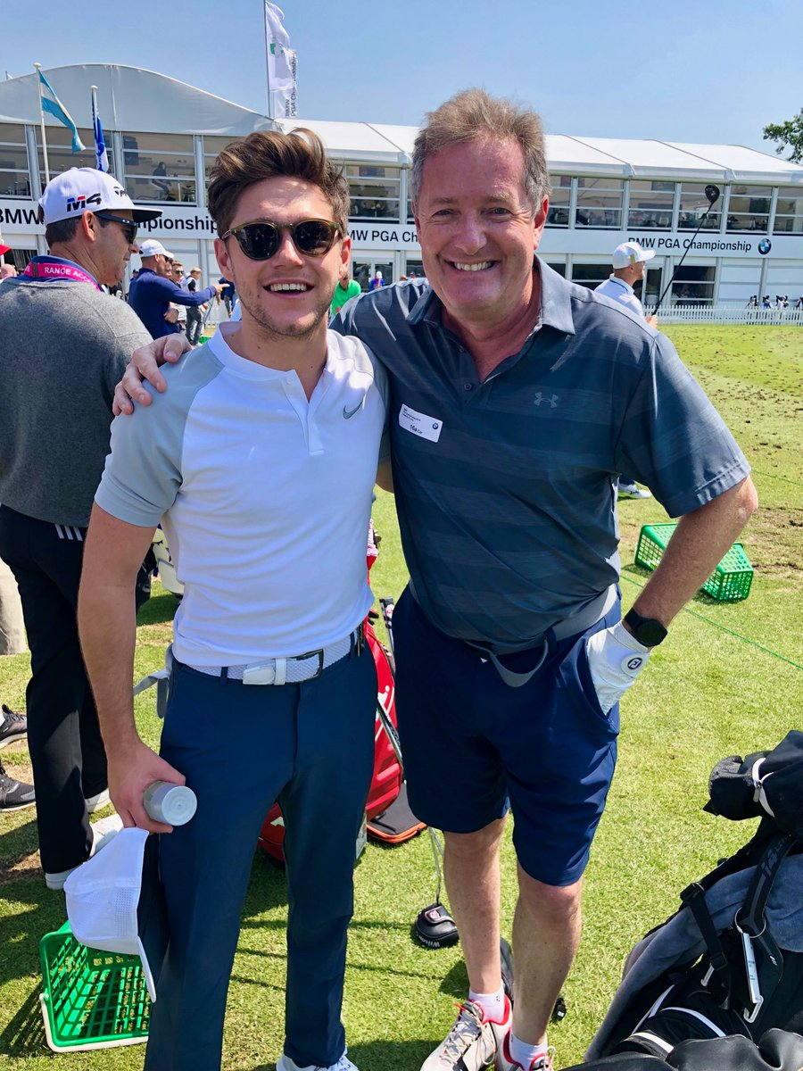 Niall Horan meeting his hero.. and wondering how he could ever get legs as skinny as mine. @BMWPGA #wentworth #ProAm
