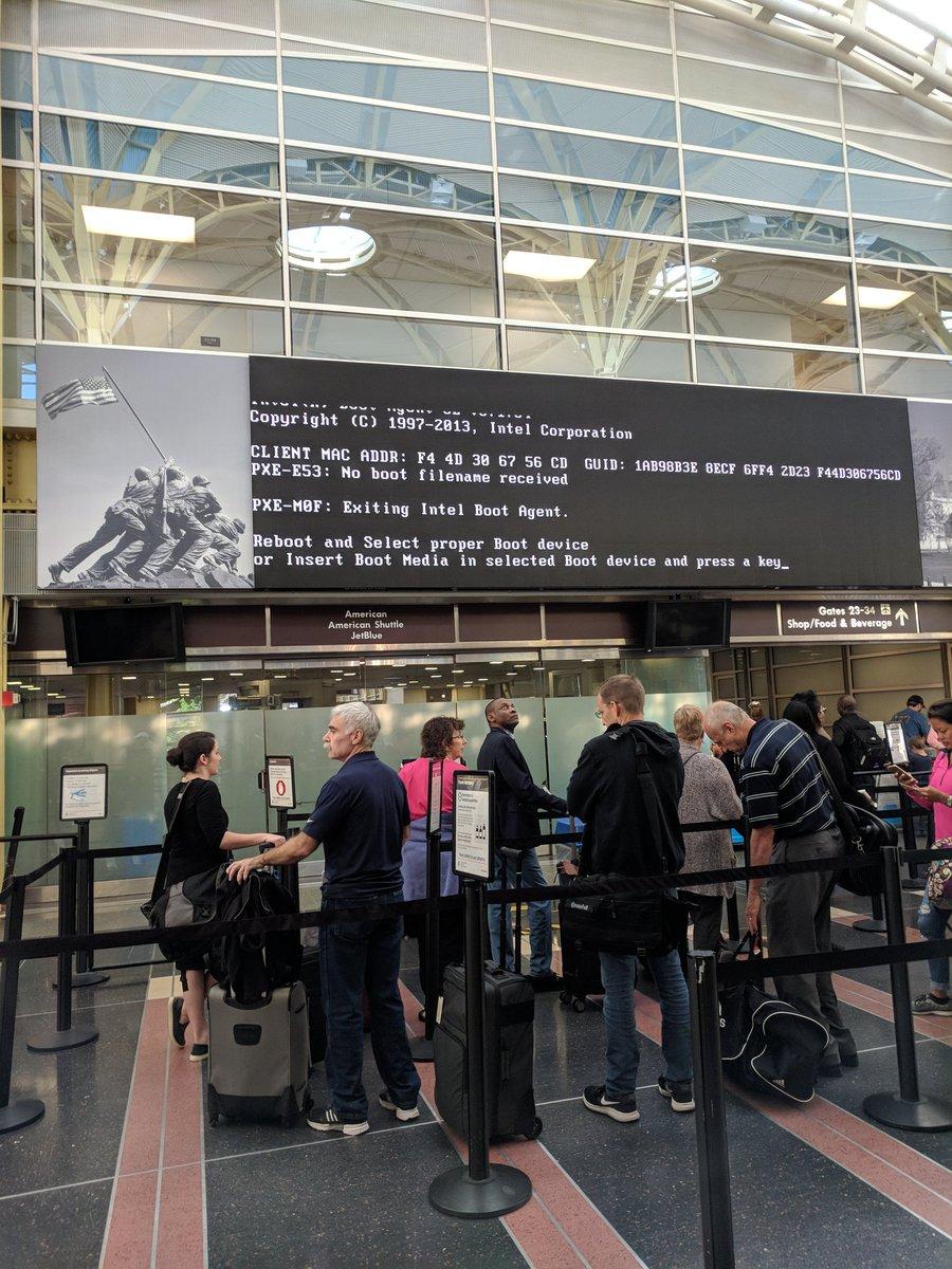 Please reboot airport. https://t.co/DoHYgxMVRF