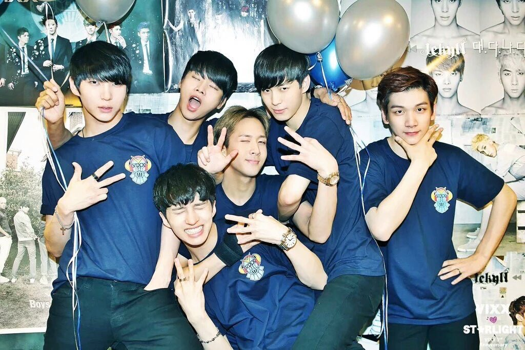 i never once regret stanning vixx these past few years. thank you vixx, for giving us laughter, happiness and tears of joy. happy 6th anniversary!  starlights and vixx will continue to shine brightly together as always   #빅스6주년축하해  #VIXX6thANNIVERSARY<br>http://pic.twitter.com/P1B5m0Rz0f