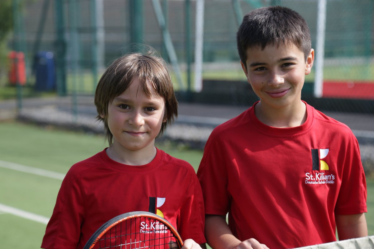test Twitter Media - Well done to Tristan and Felipe who won the perpetual Helen Lennon Tennis trophy today! Max and Benas were the very able runners-up. Great day to be playing tennis outside. #tennis @msbarry1B @annetteblack6 @mrsbowen123 https://t.co/bypThN65oj