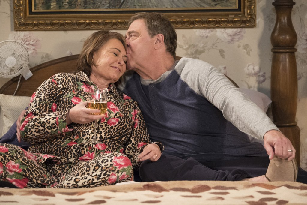 The #Roseanne season finale dipped in TV ratings https://t.co/Kk49RJF5uS