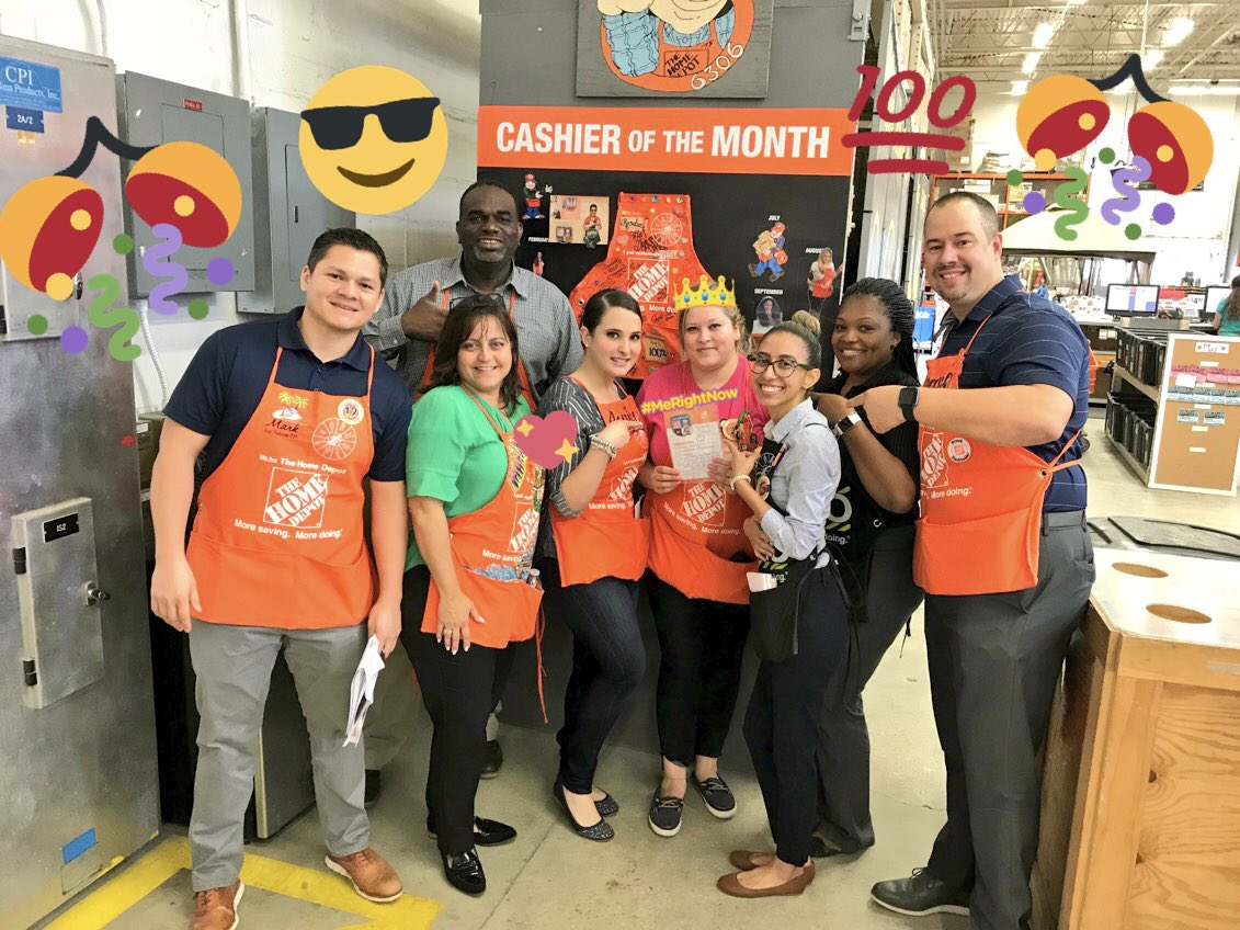 Huge Shout Out To Jessica G. For Her Passion &amp; Dedication To Her New Role As Head Cashier  #WomenInLeadership #DBW #Team6306<br>http://pic.twitter.com/XGafEyGAXh