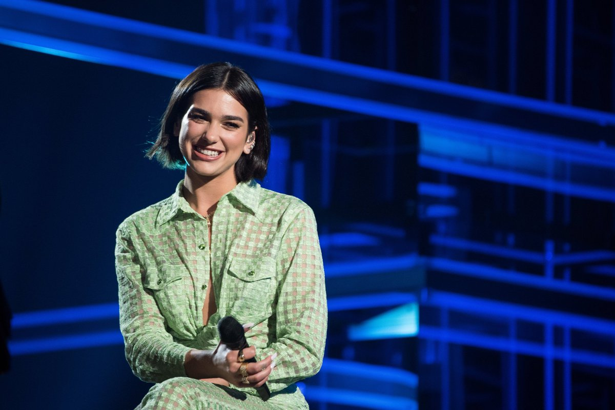 Still not over @DUALIPA's #BBMAs performance? With @XFINITY On Demand, you can watch an encore performance of 'Homesick' available NOW! #DUA_BBMAs