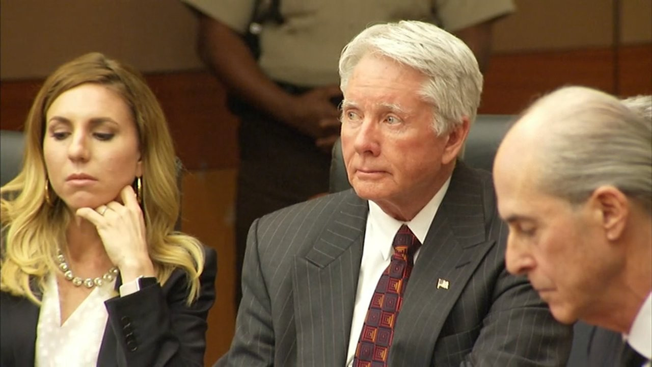 HAPPENING NOW: Atlanta attorney #TexMcIver to be sentenced for wife's murder. WATCH LIVE: https://t.co/xtgHKdRG4k https://t.co/oZnq23XbFg