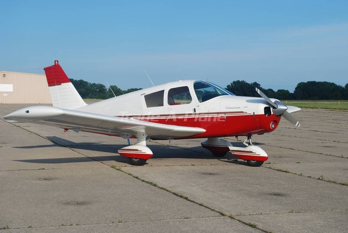 This impressive 1967 Piper Cherokee 160 is our #featuredlisting today.  Hangared since new, custom tuned prop, Piper autopilot specially adjusted and more! Listed for $35,000.00 USD. Take a closer look at this aircraft at  https://www. trade-a-plane.com/search?categor y_level1=Single+Engine+Piston&amp;make=PIPER&amp;model=CHEROKEE+160&amp;listing_id=2320888&amp;s-type=aircraft# &nbsp; …  #aircraftforsale #tradeaplane<br>http://pic.twitter.com/UPorBRFFHJ