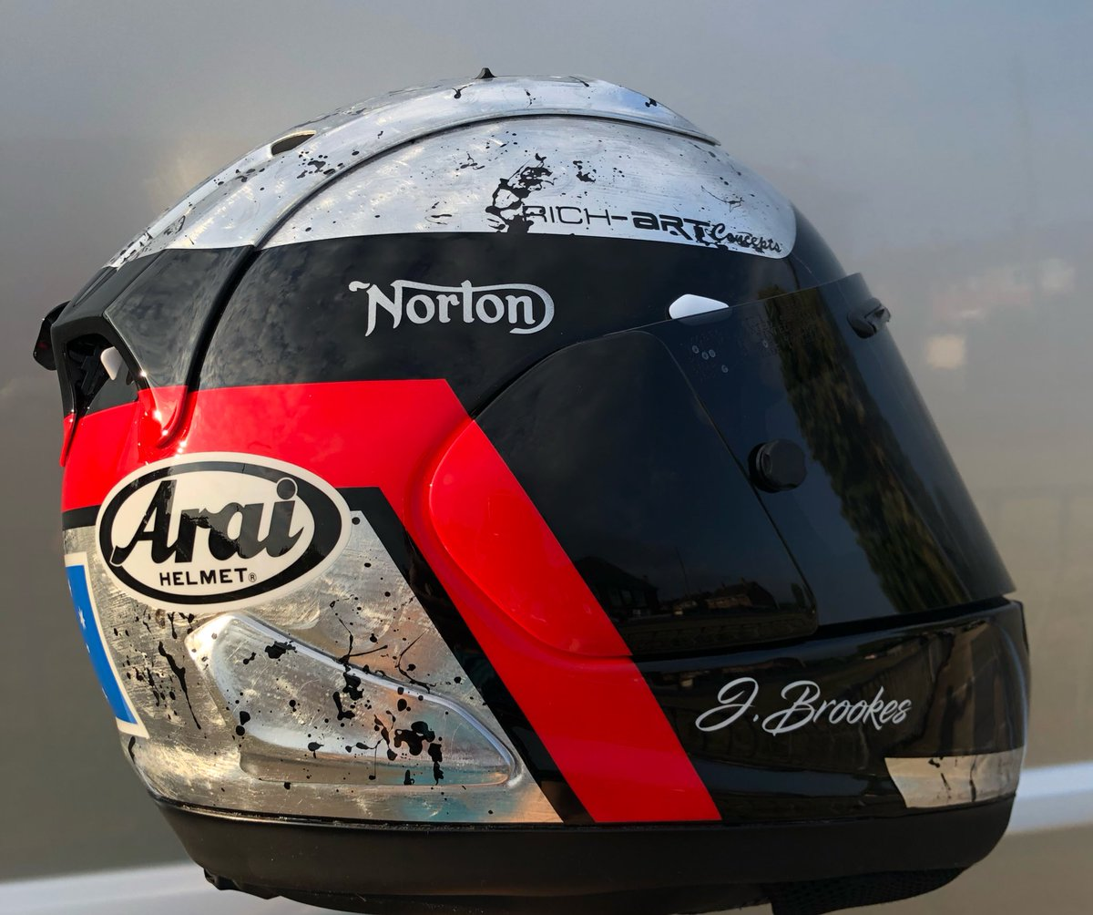 Keep an eye out for me @iom_tt I will be riding the SG7 Norton @norton_ceo and will be wearing this @AraiEurope helmet painted by @RichartConcepts<br>http://pic.twitter.com/X8DywbUZsM