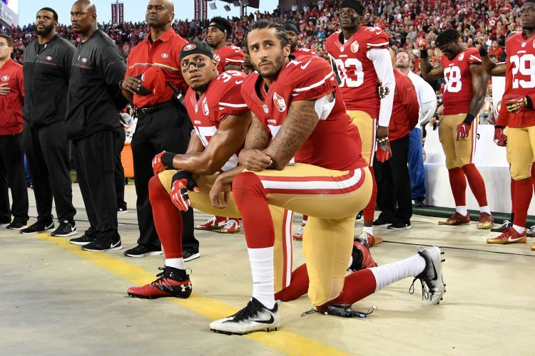 NFL teams will now be fined if their players choose to participate in the protest. https://t.co/vCAm4JSb6c https://t.co/7ljEGJnWO3
