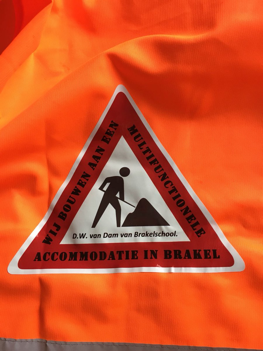"""test Twitter Media - Onze """"bouwers"""" van de Van Dam van Brakelschool uit Brakel zijn 4 dagen op pad tijdens de avondvierdaagse in de Bommelerwaard, georganiseerd door @rk_bwaard. Veel plezier allemaal nog de komende dagen! https://t.co/jISRzBcSZb"""