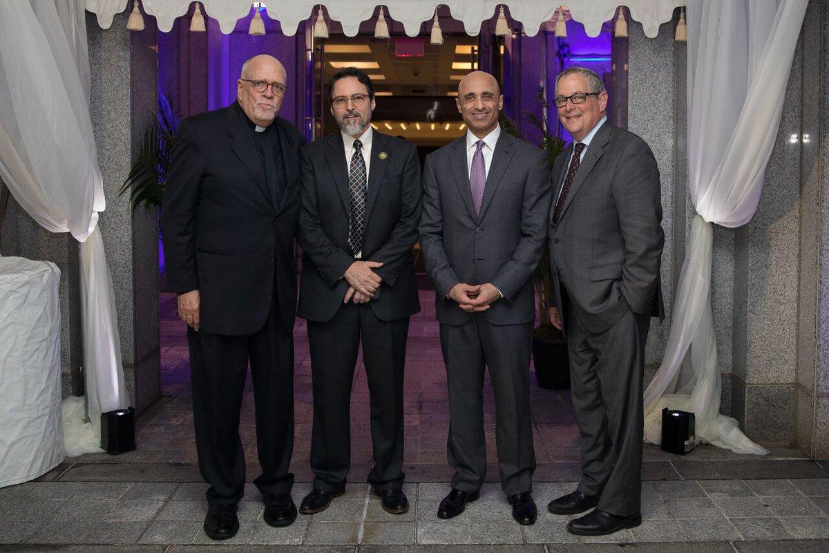 Interfaith iftar at UAE embassy in Washington celebrates diversity and tolerance https://t.co/9oAF5KmzNk