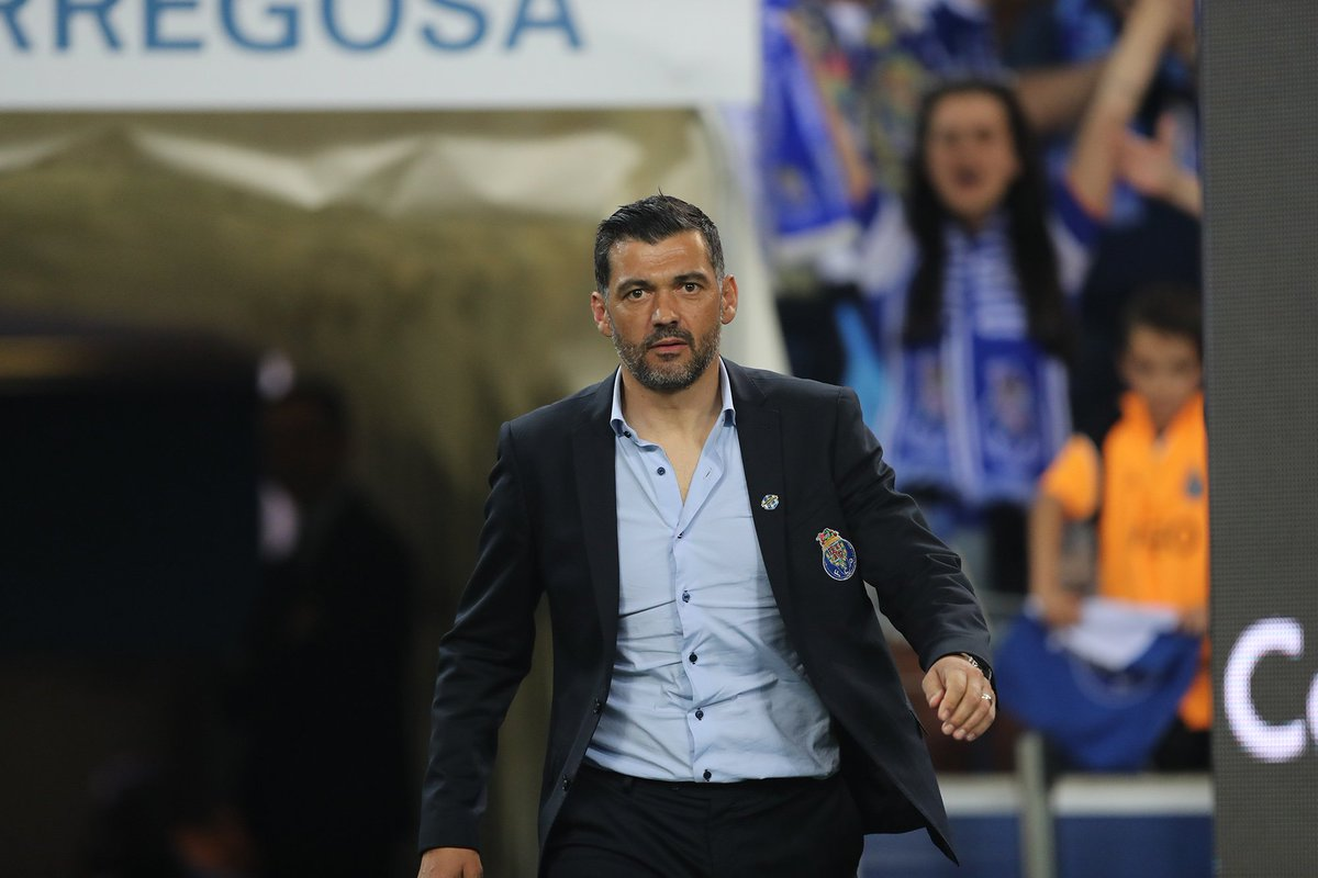 Sérgio Conceição: 'O sabor da vitória é viciante.'   #FCPorto #nascidosparavencer