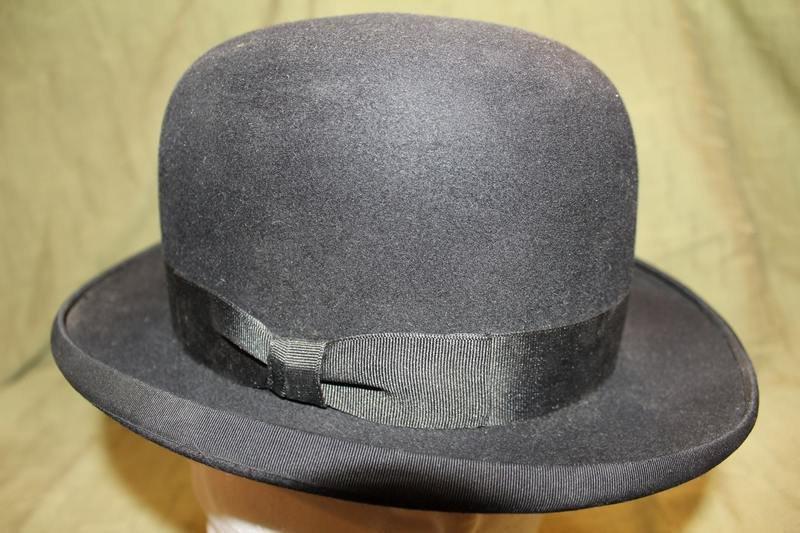 Vintage Dunlap Superior Men s Black Black Fur Felt Bowler Dress Hat https    etsy.me 2vPzUsW  Etsy  AtticEsoterica  Vintage  DerbyHatpic.twitter.com  ... 8ebc68c7a50