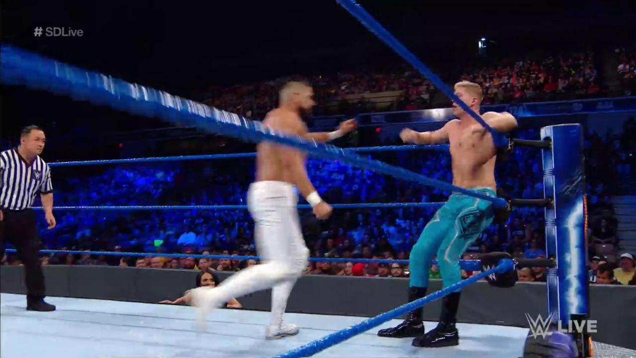 .@AndradeCienWWE nearly knocked his opponent into next week last night on #SDLive! https://t.co/lqzOtVrD3k