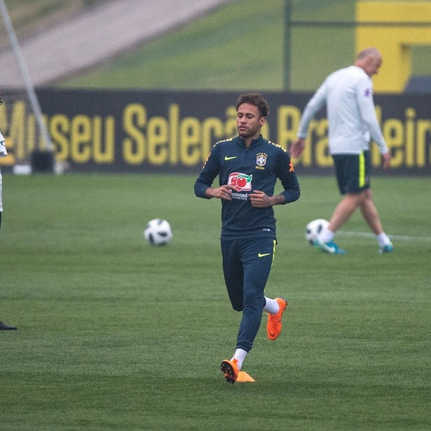 FIFA World Cup 2018: Neymar is Calm and Recovering Well - Thiago Silva 1