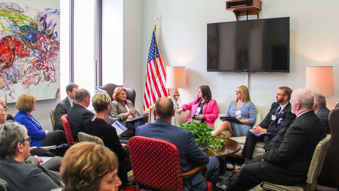 During a discussion w/ NoDaks w/ @NAIFA we discussed a wide range of issues that impact folks financial wellbeing, including retirement-We must encourage more NoDaks to save for retirement at a young age to make sure they are able to support themselves and their families.