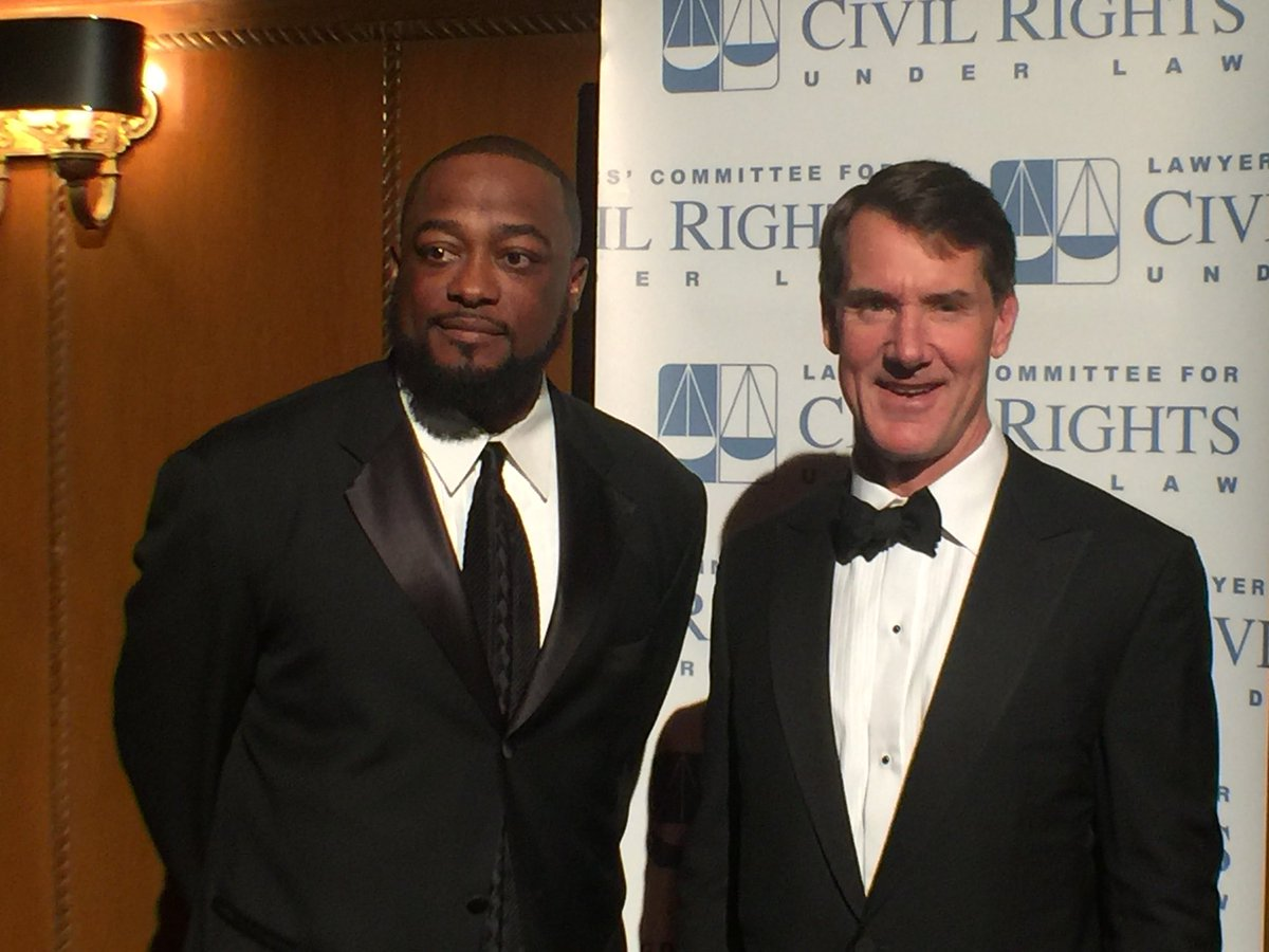 PNC Bank President &amp; CEO, William S. Demchak &amp; Steelers Head Coach Mike Tomlin are two of the nights distinguished guests #Higginbotham2018 #civilrights #Steelers #PNCBank<br>http://pic.twitter.com/bzoIsNAV2f