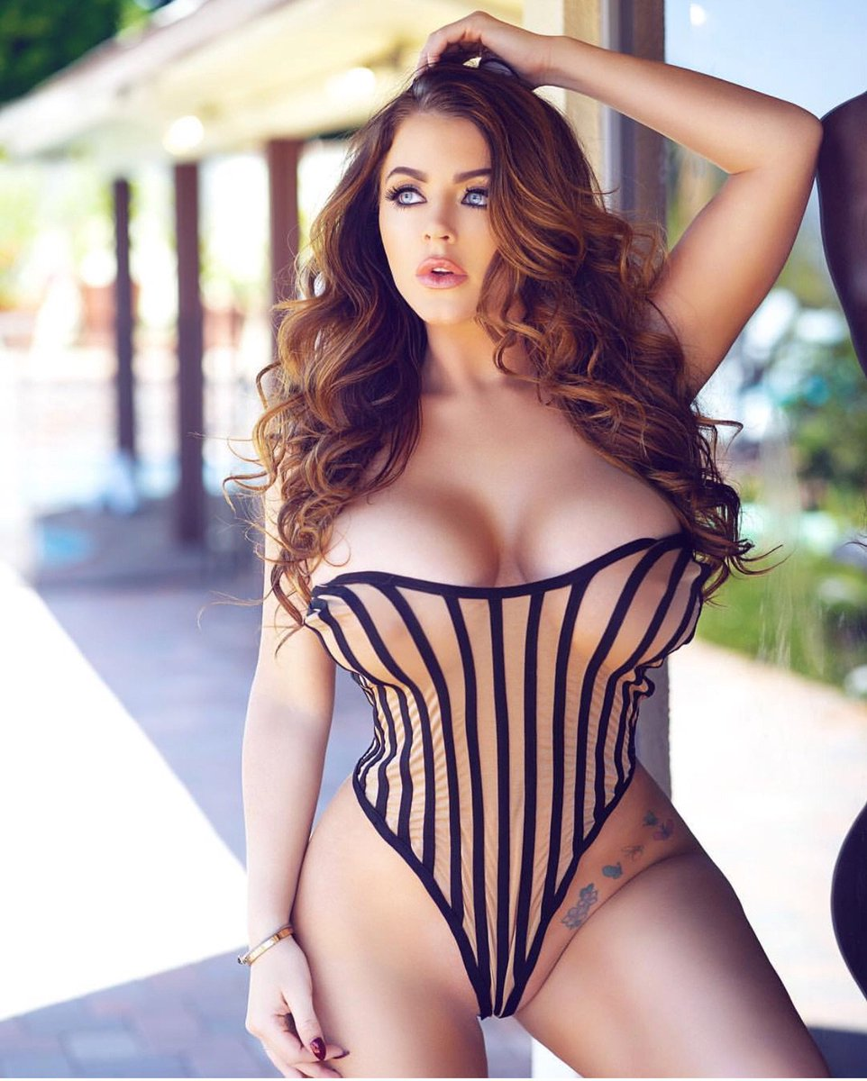 """Babes Uk Porno parlour photo on twitter: """"love this pic of @sophiedee #babe"""