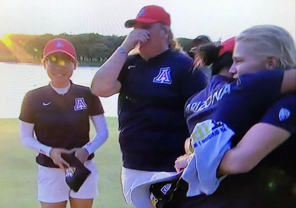 THEY DID IT! The @UofA women's golf team has won the national championship >> https://t.co/cU9KXgNNxi #BearDown