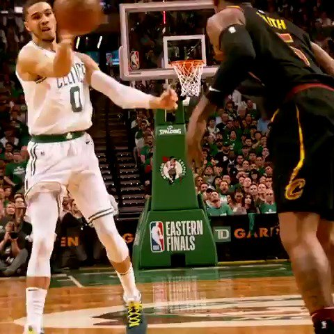 The @celtics bench approves of Tatum's dime! #PhantomCam #CUsRise #NBAPlayoffs https://t.co/6jWBOBm7Ms