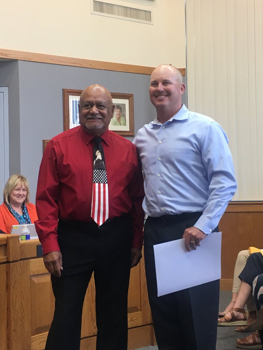 Mr. Hartwig honored by the LUHSD Board of Trustees as Freedom's Teacher of the Year! <br>http://pic.twitter.com/3yVELhGps8