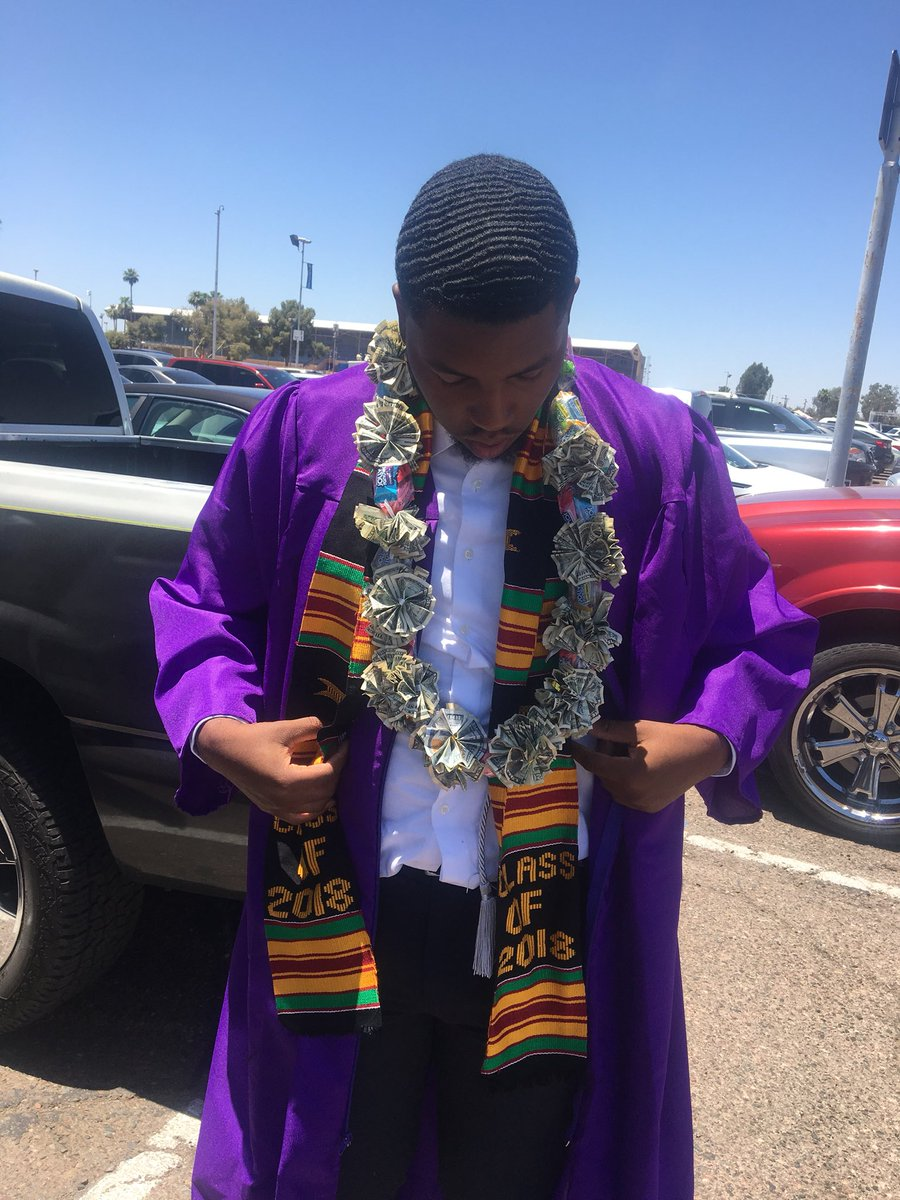 4 years, 3 different schools, 2 different states, 1 diploma, and with the provost scholarship, $0 will be spent for me to attend THE Alcorn State University this fall. Thanks to everybody that helped me get here  #HBCU #alcorn22<br>http://pic.twitter.com/el0BQeyrMn