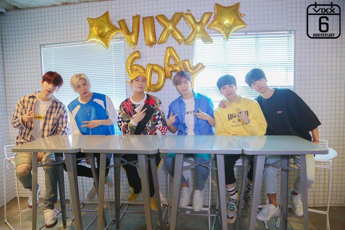 Happy 6th anniversary, VIXX sunbaenimdeul! Wish all the best for VIXX! &gt;&lt;  #VIXX0524 #VIXX6thAnniversary #HAPPYVIXXDAY ♡<br>http://pic.twitter.com/0f4SjWQopR