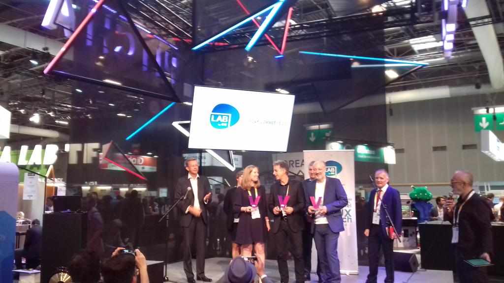 #Startup @TravelCar_ wins second place! #VivaTech #pitch #carsharing <br>http://pic.twitter.com/ush8j38los