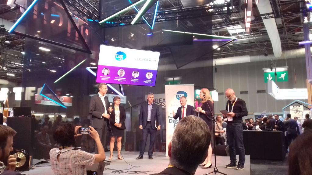 .@TravelCar_ wins 2nd place in the #VivaTech #startup contest, from the excellent customer experience and support offered. Congratulations Sarah Borsoi! #carsharing #sharingeconomy<br>http://pic.twitter.com/iDzjXBZNlR
