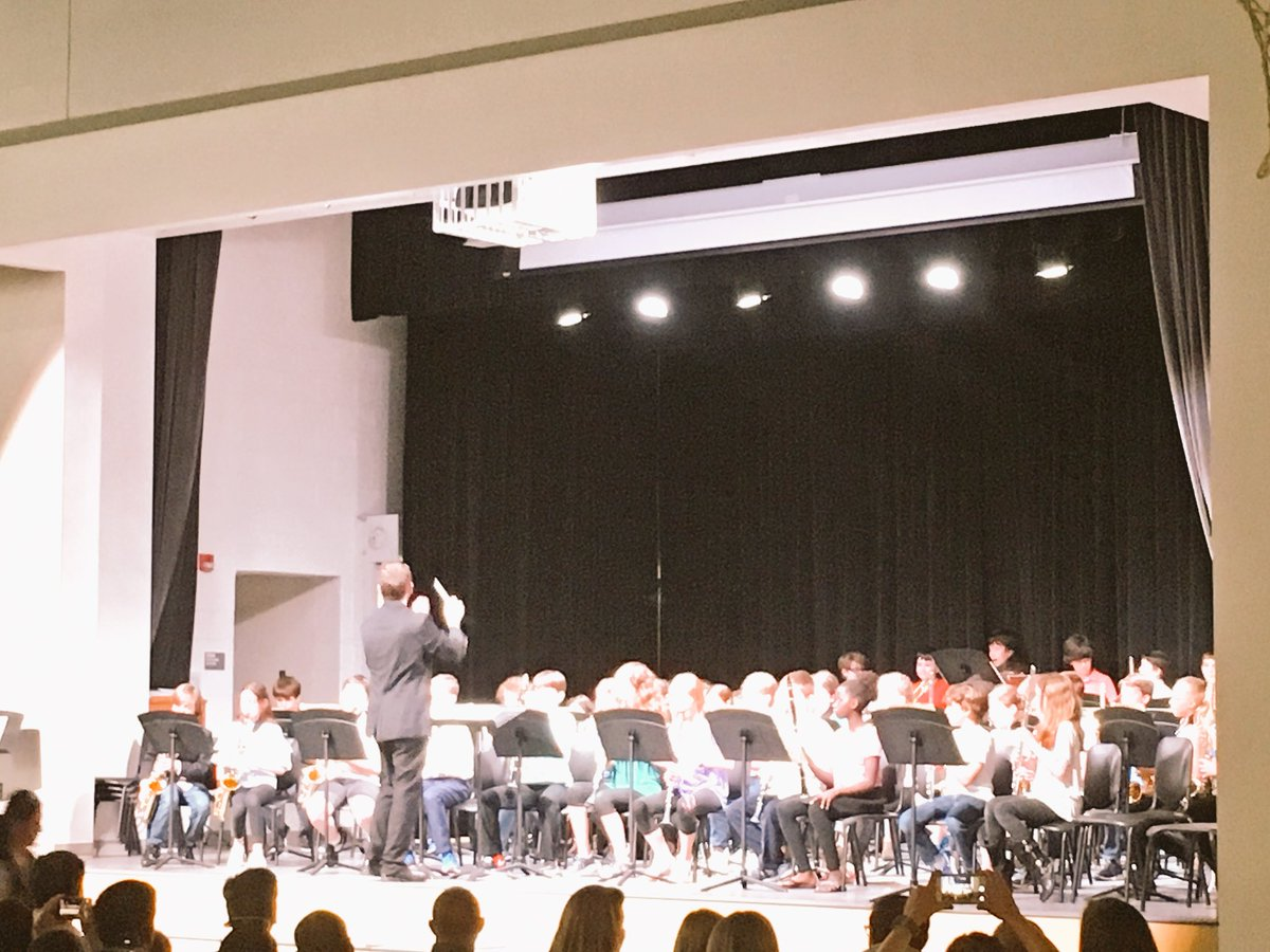 Congrats to the <a target='_blank' href='http://twitter.com/APSMcKCardinals'>@APSMcKCardinals</a> 4th and 5th grade bands 🎼🎺🎷🥁and orchestras 🎻and our solo artists for a fine spring concert!  Thanks Mr.Natalie!  Awesome work!👍🏽👏 <a target='_blank' href='https://t.co/YMgDqZB7of'>https://t.co/YMgDqZB7of</a>