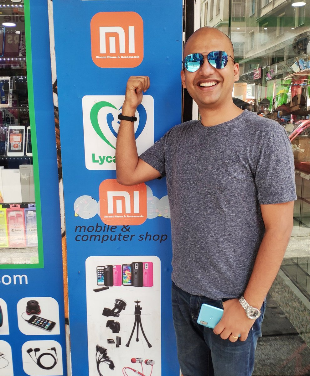 Oh wow!   I am at a really small town in Europe, and look what I found? A mobile shop selling &amp; promoting #Xiaomi phones!   The shop has only one smartphone logo at the entrance - &#39;Mi&#39;. Shop-owner told me that this is the #1 crowd puller! <br>http://pic.twitter.com/x3XkNq93WZ