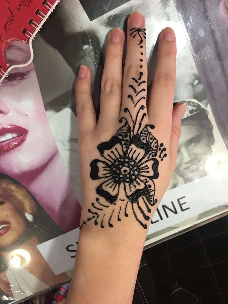 Ellens Cosmetics On Twitter Pop In Store On Saturday For A Henna
