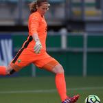 """@ADODHVrouwen - 🔮   Doelvrouw Barbara Lorsheyd blikt vooruit op de laatste wedstrijd van dit seizoen: """"Vrijdag zullen we geconcentreerd en met Haagse bluf moeten voetballen, zodat we dit seizoen met een mooi resultaat kunnen afsluiten."""" Lees de voorbeschouwing ➡️ https://t.co/9qazyg8tdW https://t.co/etr5FmqiVR"""