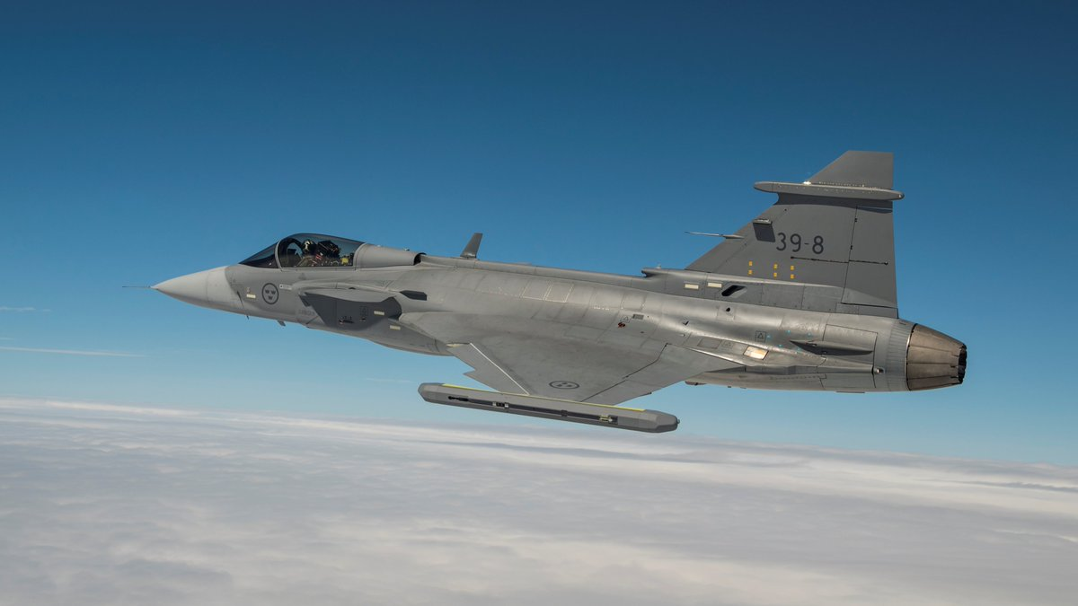 For the first time the Gripen User Group (GUG) conference has been held in Brazil. Representatives of countries that operate the Gripen fighter met to discuss and share information on operations, logistics and maintenance.  http:// bit.ly/2LnKef8  &nbsp;  <br>http://pic.twitter.com/8PFSoazBHF