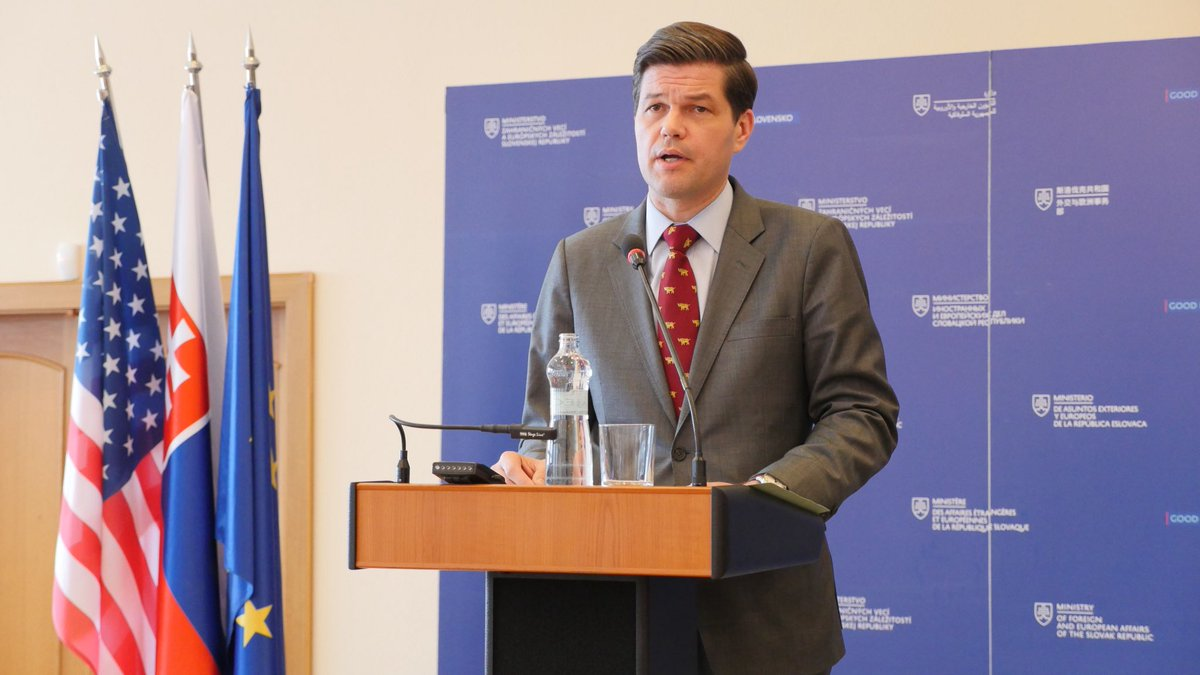"""U.S. is blessed to call #Slovakia an ally. I am thankful for the opportunity to be here also with special friend @IvanKorcok,"" says Assistant Secretary Wess Mitchell at press conference at @SlovakiaMFA. Mitchell confirmed that US remains strongly committed to its European allies"