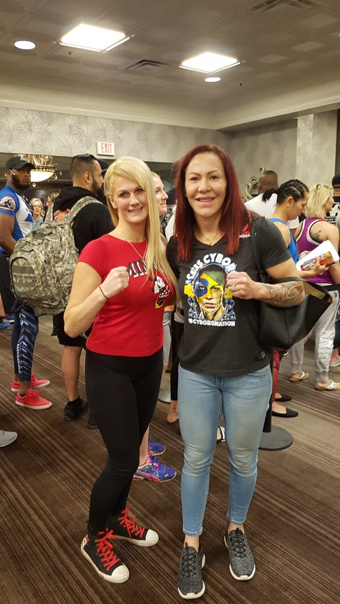 Well... let's hope that by this way we can finally have our division and that one day I can acclompish my dream to fight the best in the game! @criscyborg #massiverespect @ufc @UFC_TUF