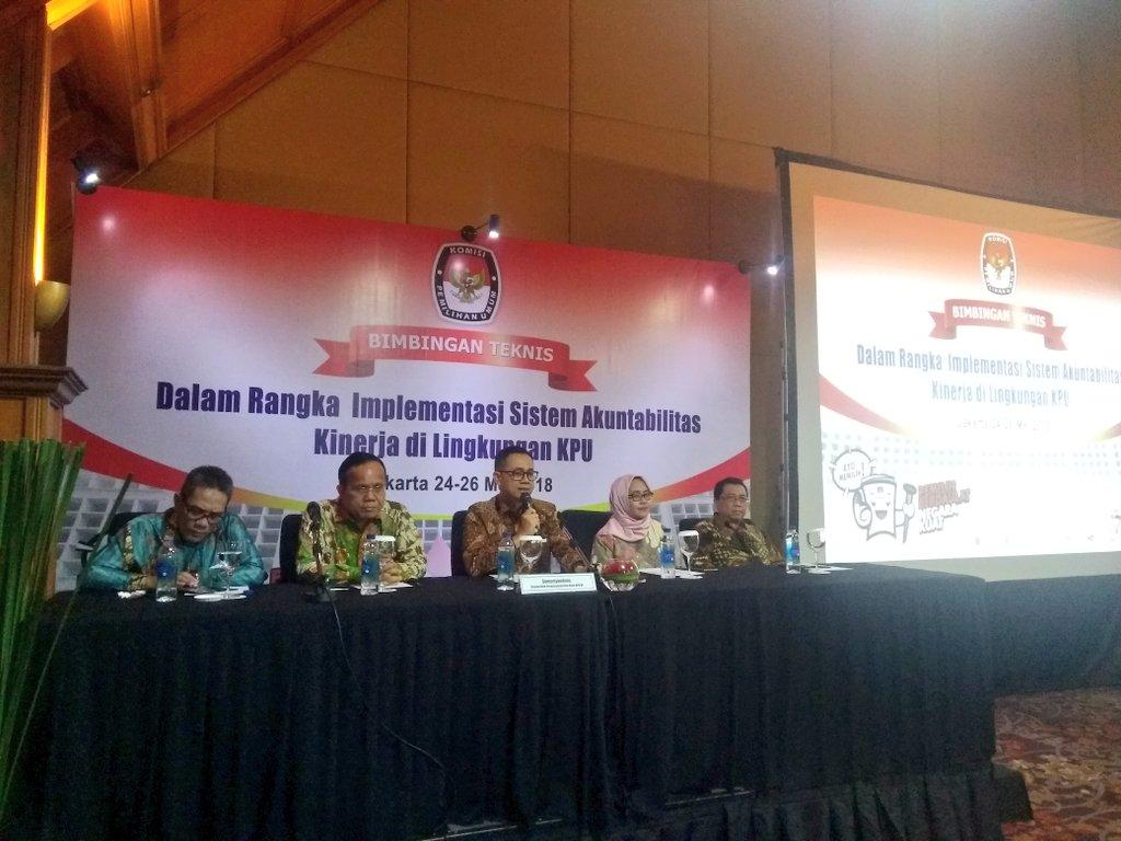 Image result for Kepala Biro Perencanaan Data Komisi Pemilihan Umum (KPU) Sumariyandono