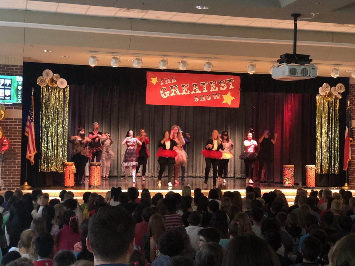 Hughes Elementary On Twitter The Talent Show Is Off To A Great